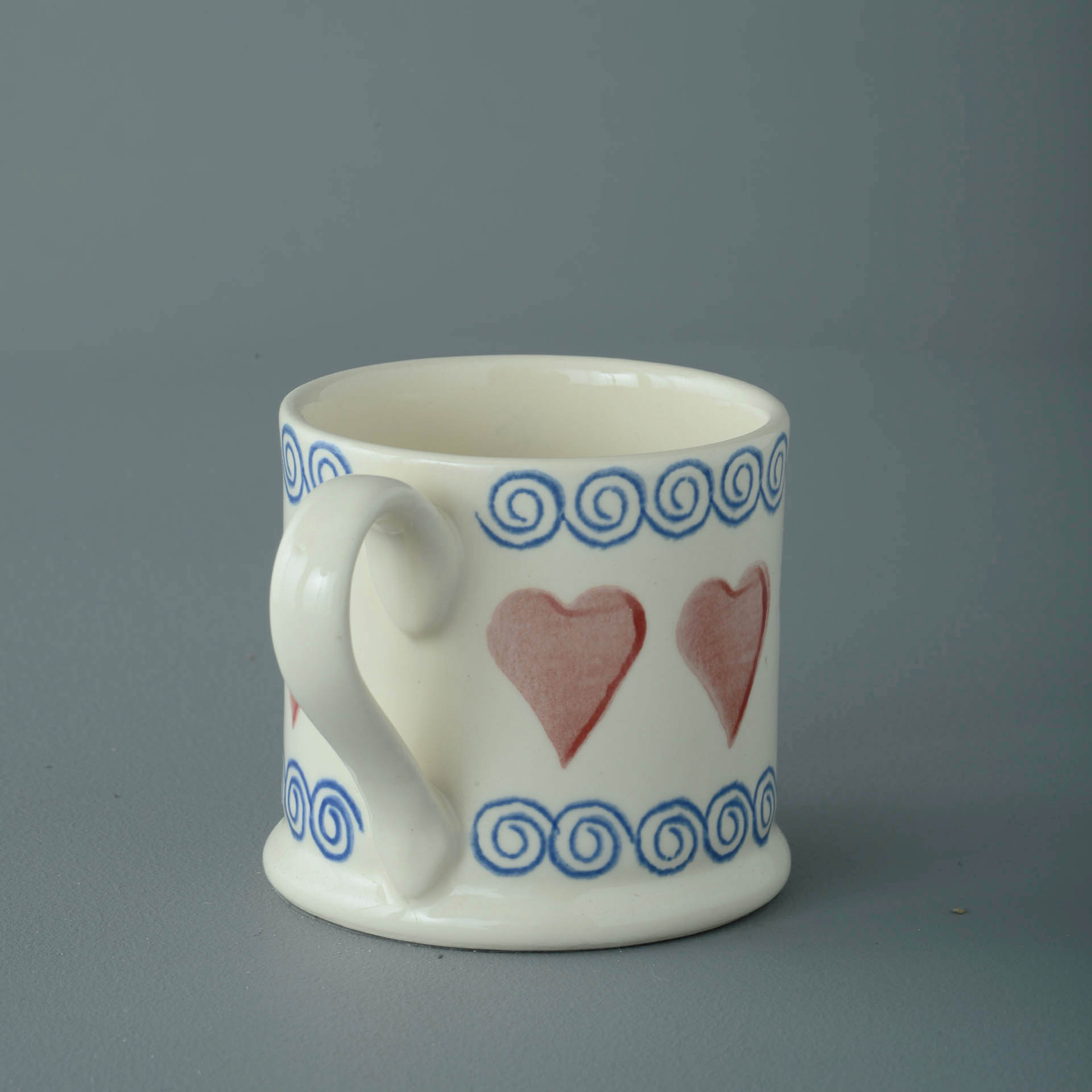 Hearts 150ml Small Mug 7 x 7.3cm