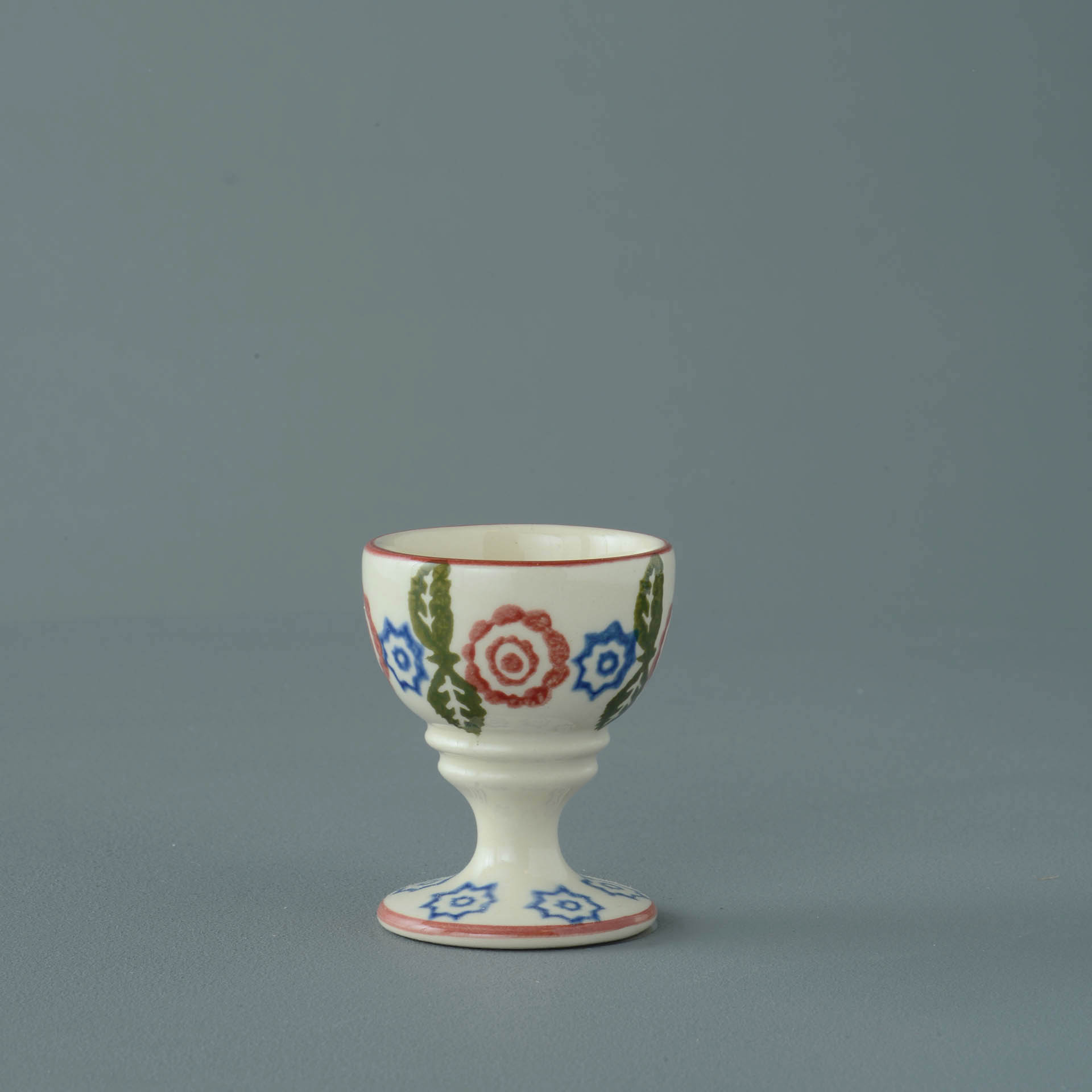Victorian Floral Egg cup 6.3 x 5.2cm