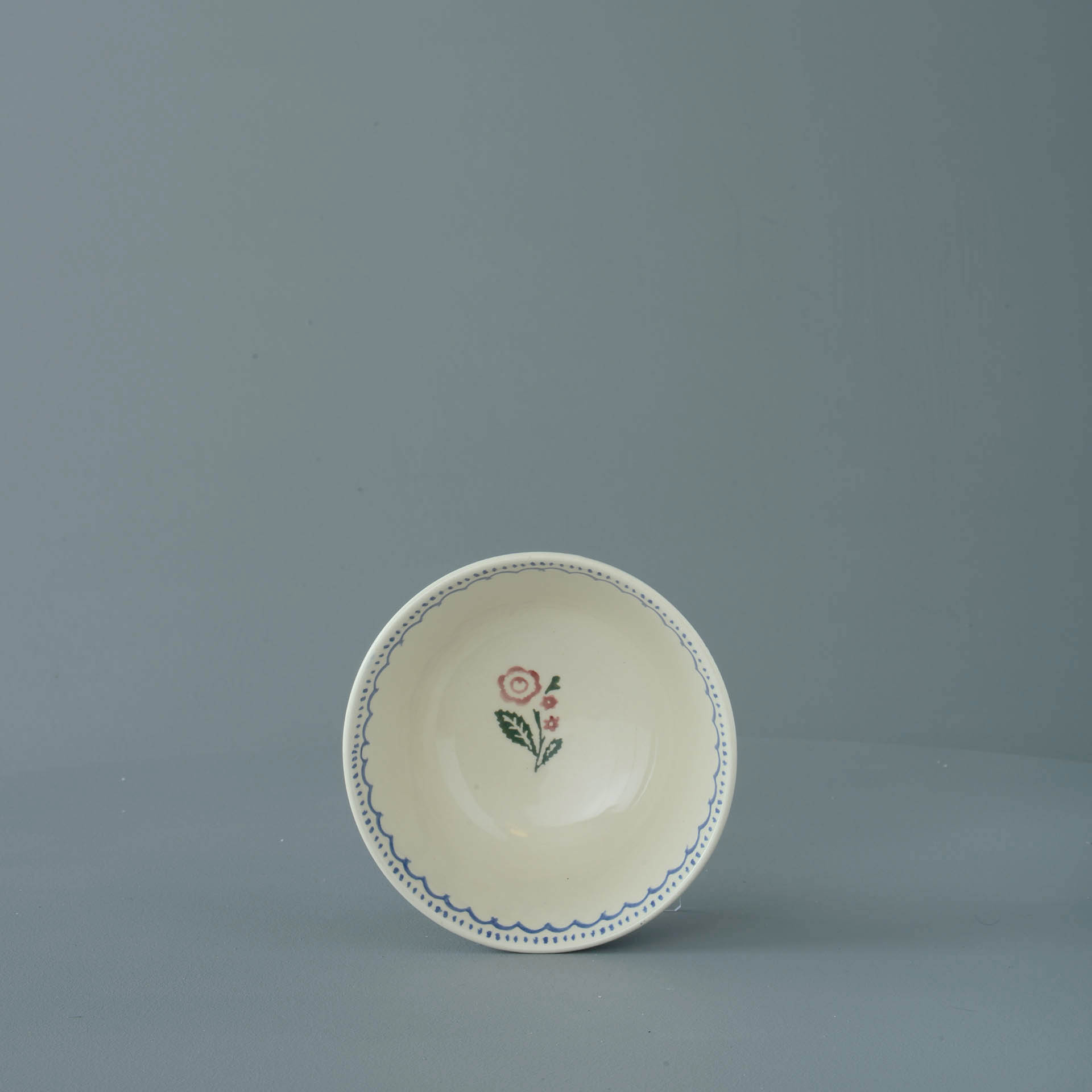 Creeping Briar Small Bowl 6.5 x 12 cm