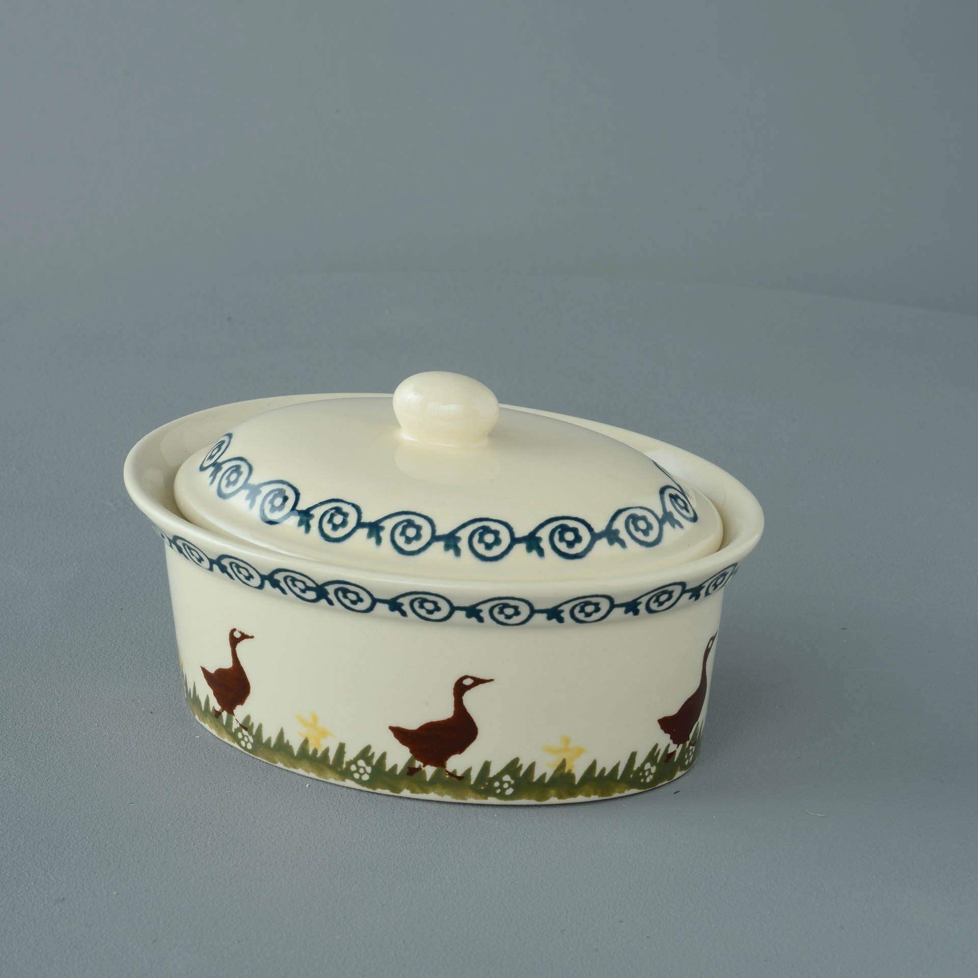Ducks Butter Dish Oval 16.3 x 12 x 8.5cm