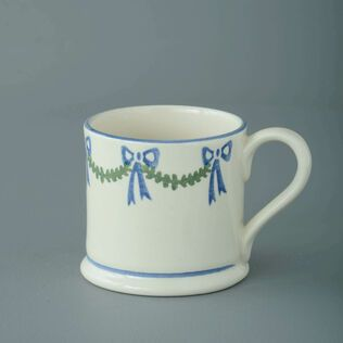Mug Small Swags and Bows