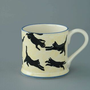 Mug Large Cats Leaping