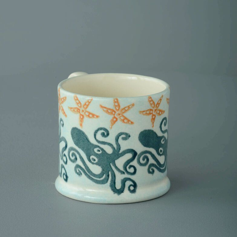 Mug Small Squid and starfish